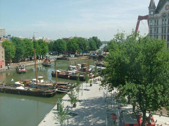 citizenM Rotterdam : Mooi uitzicht over de Oude Haven en het Witte Huis.