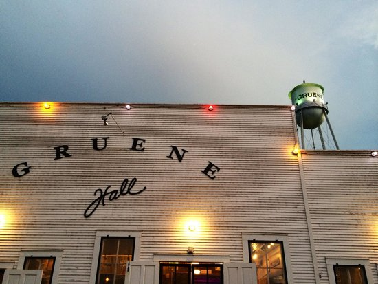 Gruene Hall: One of my favorite places in Texas