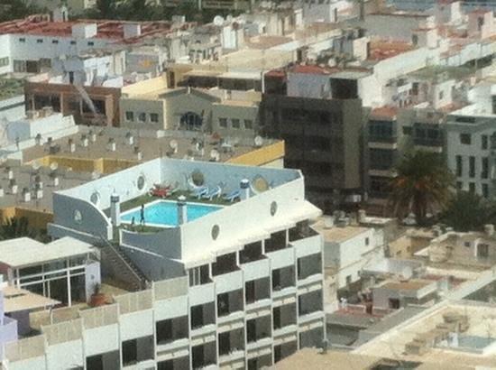 Lancelot Hotel: Rooftop pool