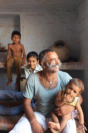 Chhotaram Prajapat's Homestay: une famille attachante