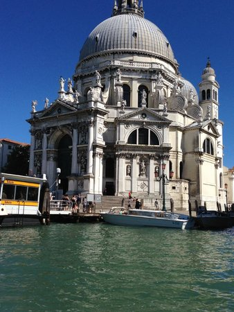 A Guide In Venice : Pics from the boat tour