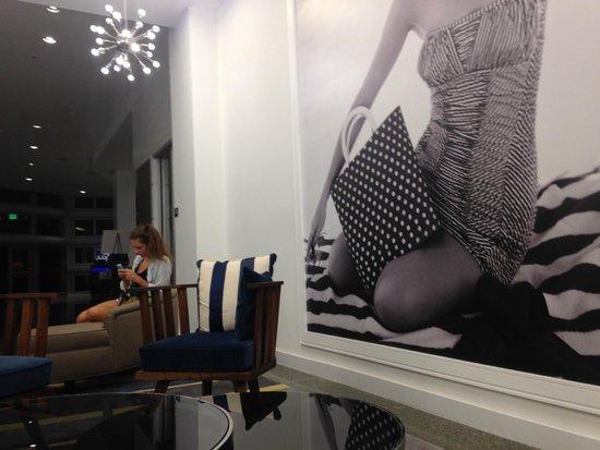 Hilton Cabana Miami Beach: lobby waiting area