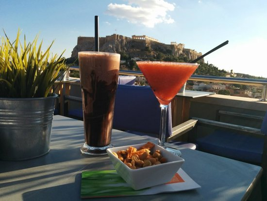 Central Athens Hotel: Rooftop Bar