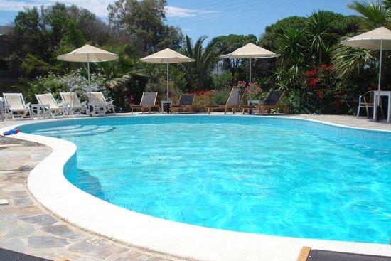 Hotel Onira : zwembad