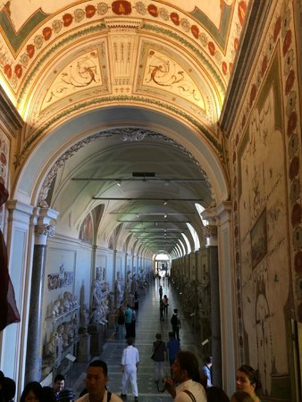 Italy With Us: Down the beautiful Halls