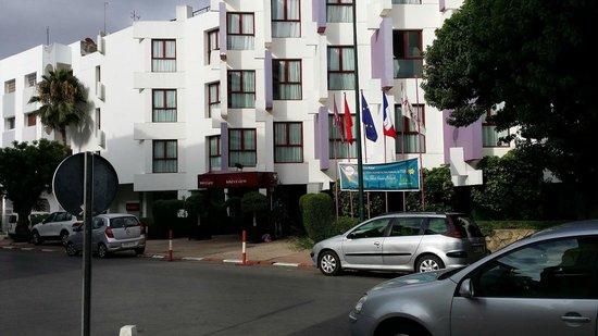 Mercure Rabat Sheherazade: Entrada del peor hotel de Rabat