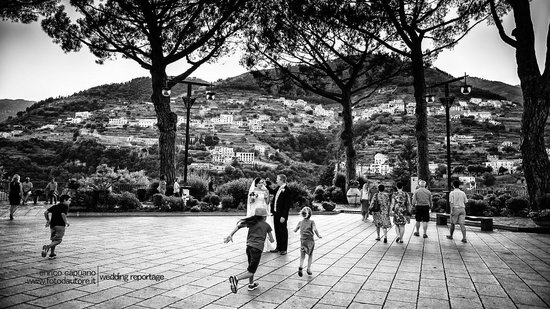Wagner Day Tours: wedding in ravello by Enrico Capuano professional photographer and mario capuano the wedding pla