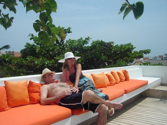 Delirio Hotel: Solarium en la terraza del Hotel Delirio