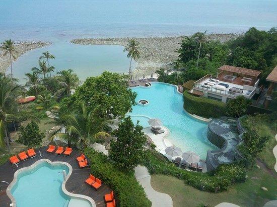 ShaSa Resort & Residences, Koh Samui : Sicht auf Pool und Pool Villa