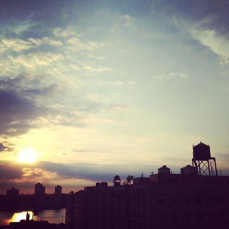 NYLO New York City : For sunset get up as high as you can :)