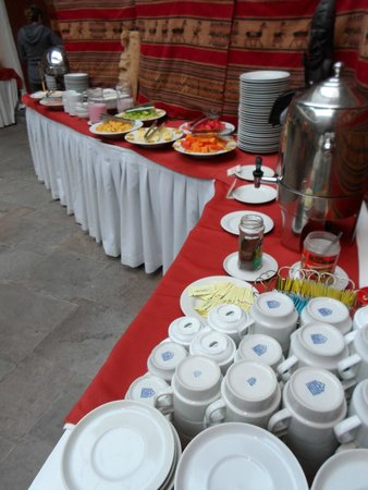 Hotel Sueños del Inka: Completo desayuno