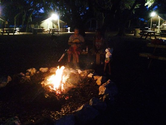 Westgate River Ranch Resort & Rodeo : Fireside