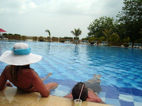 Royal Decameron Barú: Una de las maravillosas piscinas