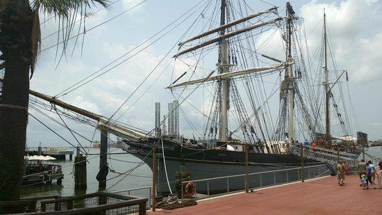 1877 Tall Ship ELISSA: all steel tall ship