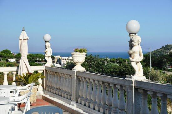 Villa Natalina: terrazza per la colazione