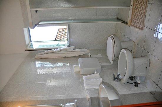 Villa Natalina: il bagno