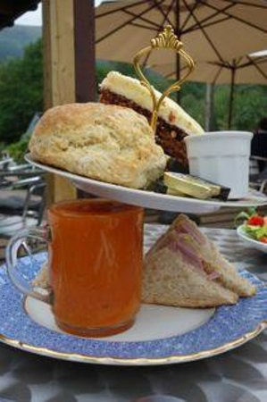Wee Blether Tea Room: Ricky's picnic - more than enough for two