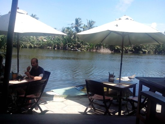 Riverside Garden Restaurant: Great riverview!