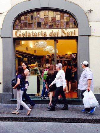 Gelateria dei Neri : Street view.