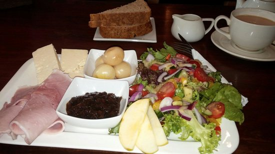 A Great Little Place: Ploughmans Lunch!...:-)