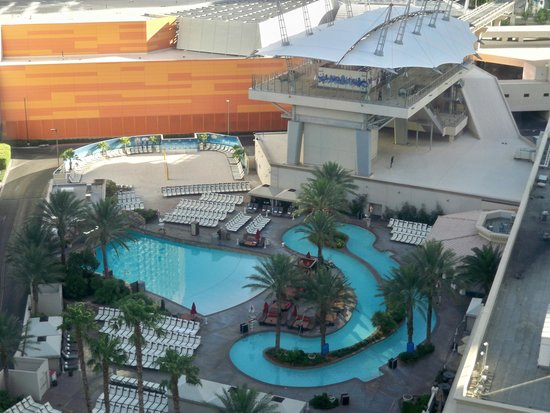 Monte carlo resort casino 1 2 2 58 updated 2018 for Pool show las vegas 2018