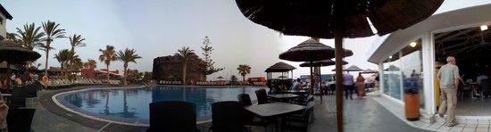 Barcelo Castillo Beach Resort: Piscine principale