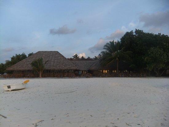 Meeru Island Resort & Spa : North west Restaurant