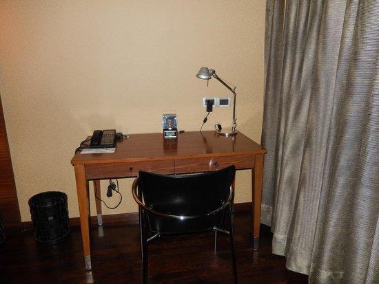 Le Meridien New Delhi: Escritorio