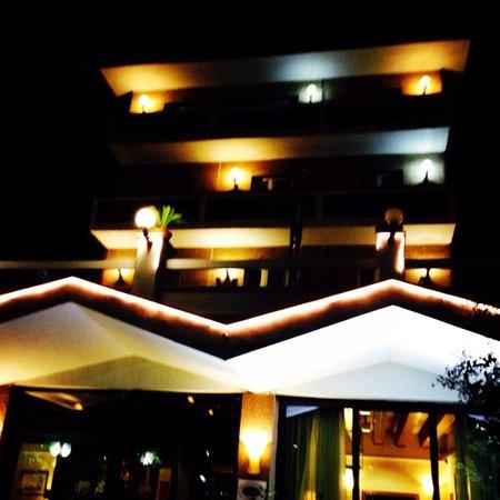Pinewood Hotel Photo