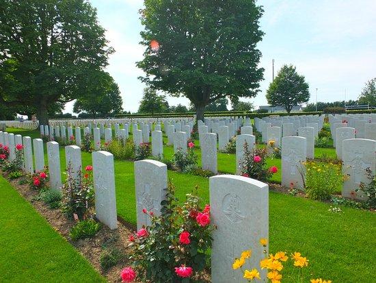 Cimetière Militaire Britannique : British cemetery