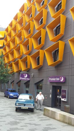 Premier Inn Manchester Bury hotel: Front of Building
