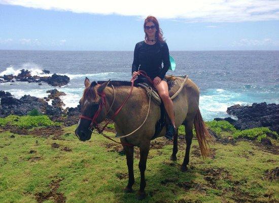 Travaasa Hana, Maui: ocean trail ride