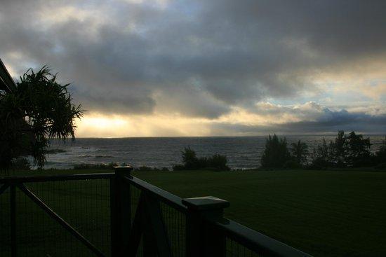 Travaasa Hana, Maui: sunrise from porch