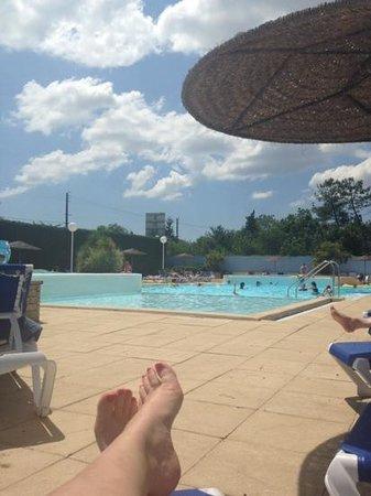 Le Pas Opton: pool view