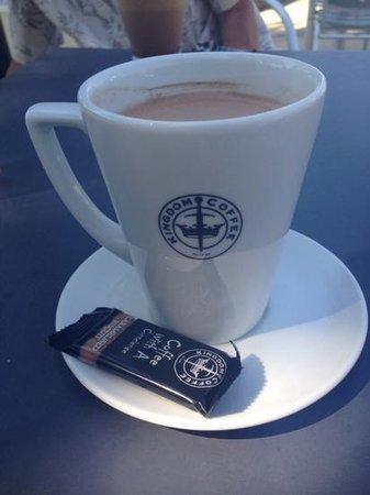 Le Pas Opton: vendeevous cafe!