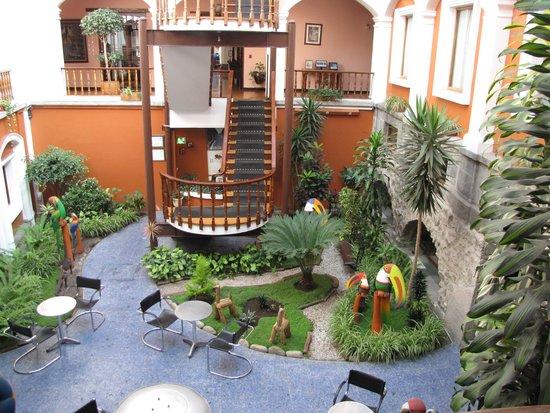 Hotel Patio Andaluz: Courtyard - Andaluz