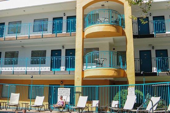 Quality Suites San Luis Obispo: Hotel