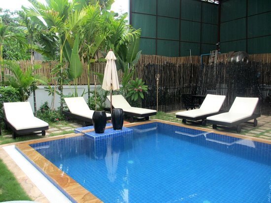288 Boutique Hotel: Nice little pool