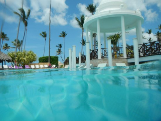Paradisus Punta Cana Resort : Gazebo near the pool