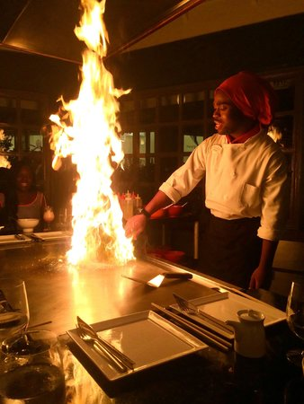 Sandals Negril Beach Resort & Spa: Geonn at Kimono's is an amazing, hilarious, and talented chef! We made reservations with him twi