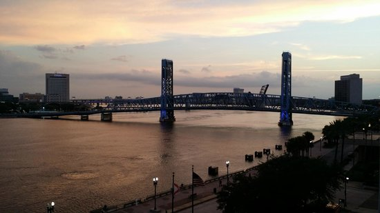 Hyatt Regency Jacksonville Riverfront : View from King Deluxe room