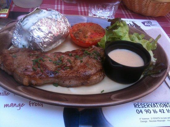 L'ardoise : Entrecôte sauce roquefort du menu a 18 €