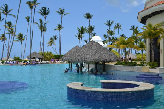 Paradisus Punta Cana Resort : Pool gazeebos