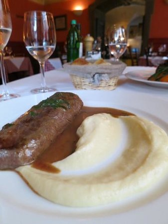 Spajza: Lamb in cognac and mash