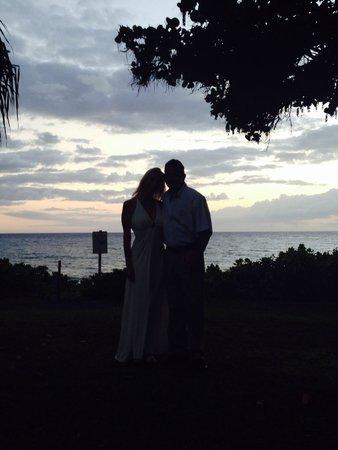 Maui Banyan Condos : Sunset at the Maui Banyan.