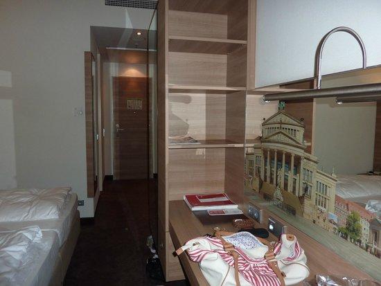 RAMADA Hotel Berlin Alexanderplatz: Doppelzimmer