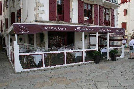 l'Ephemere: La façade du restaurant