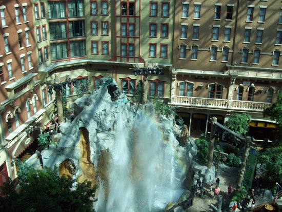 Sam's Town Hotel and Gambling Hall: Sam's Town indoor park