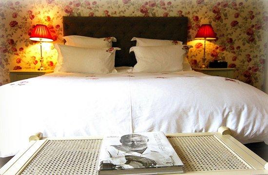 Chateau de La Chaix : Chambre La Vie en Rose