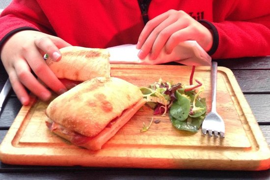 The Primrose Eatery: Warm sandwich for lunch